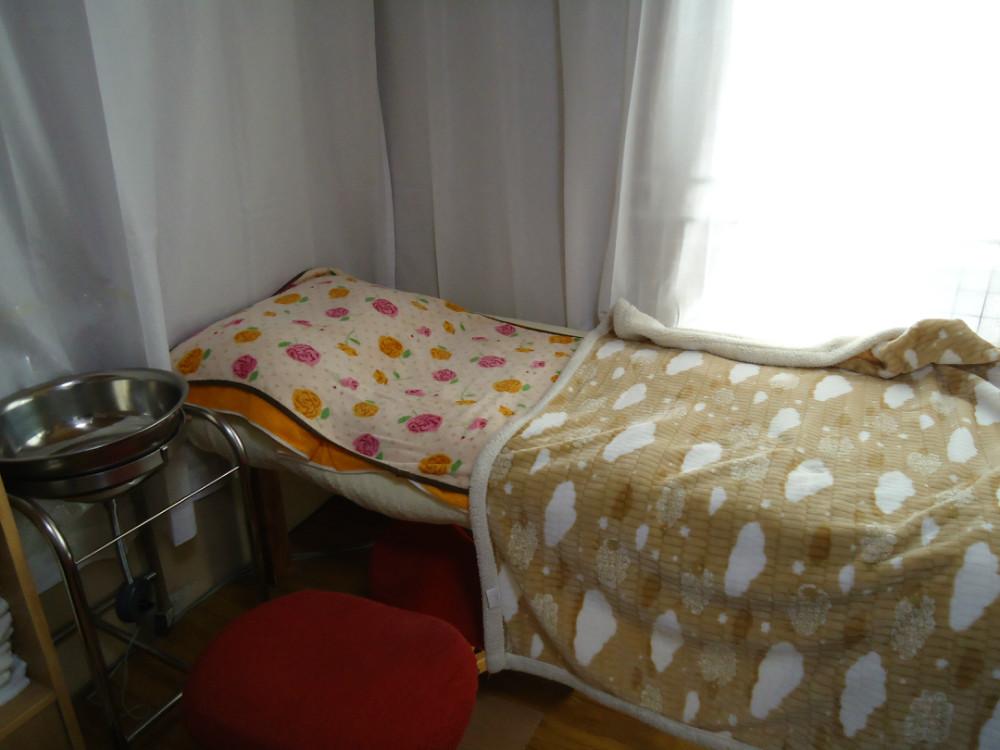 八木助産院のベッド02